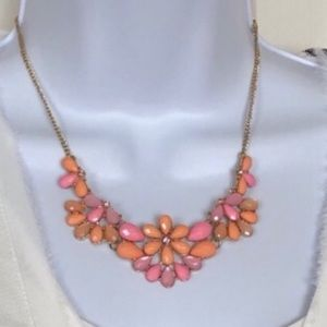 Jewelry - New Bib Necklace in Pink and Peach